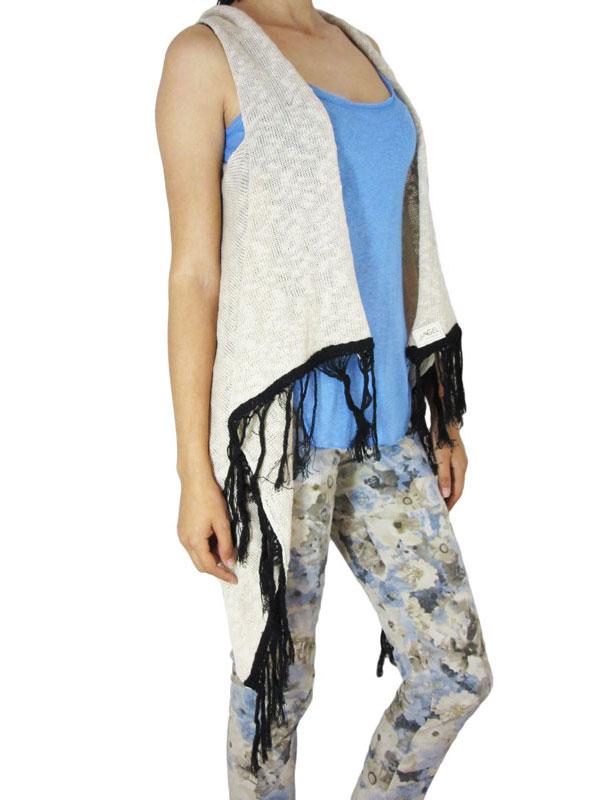 Agel Knitwear πλεκτή αμάνικη ζακέτα μπεζ με κρόσια