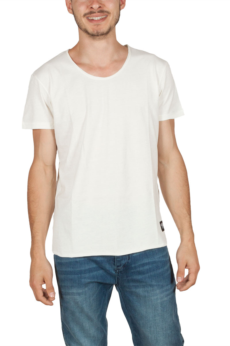 cebc132837d5 Oyet ανδρικό T-shirt εκρού με στάμπα πίσω