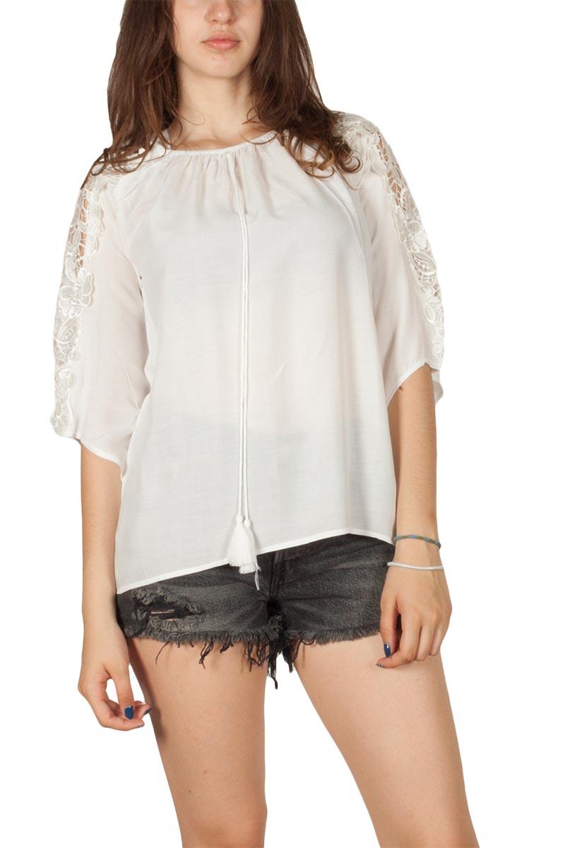 Λευκή μπλούζα με δαντέλα στα μανίκια γυναικεια     μπλούζες