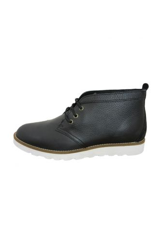Wesc PDB01 Desert mid top leather boot black