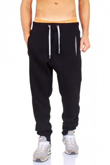 Young & Rich joggers black