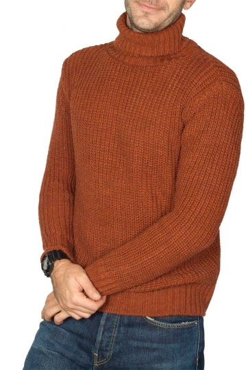 Men's roll neck sweater brown
