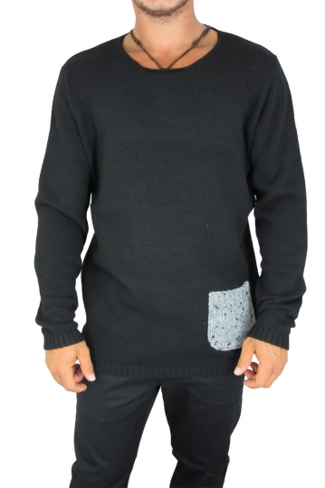 Combos men's knit jumper black with pocket