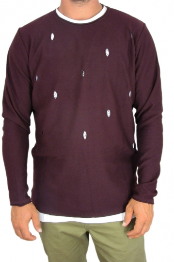 Combos men's knit jumper with holes in bordeaux