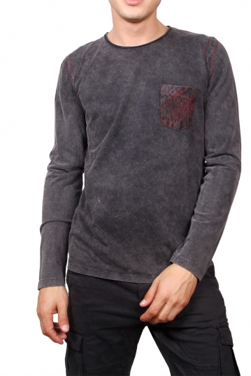 Men's stone washed long sleeve tee charcoal