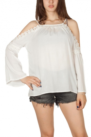 Cold shoulder top white with lace details
