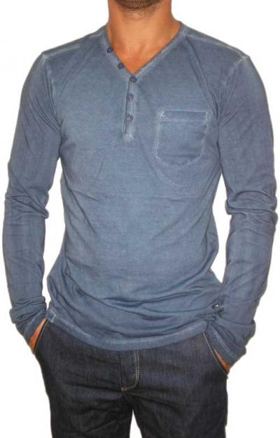 Men 39 s v neck long sleeve t shirt with pocket in blue for Men s v neck pocket tee shirts